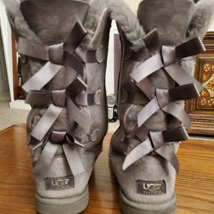Ugg Boots - Bailey Style with Bows
